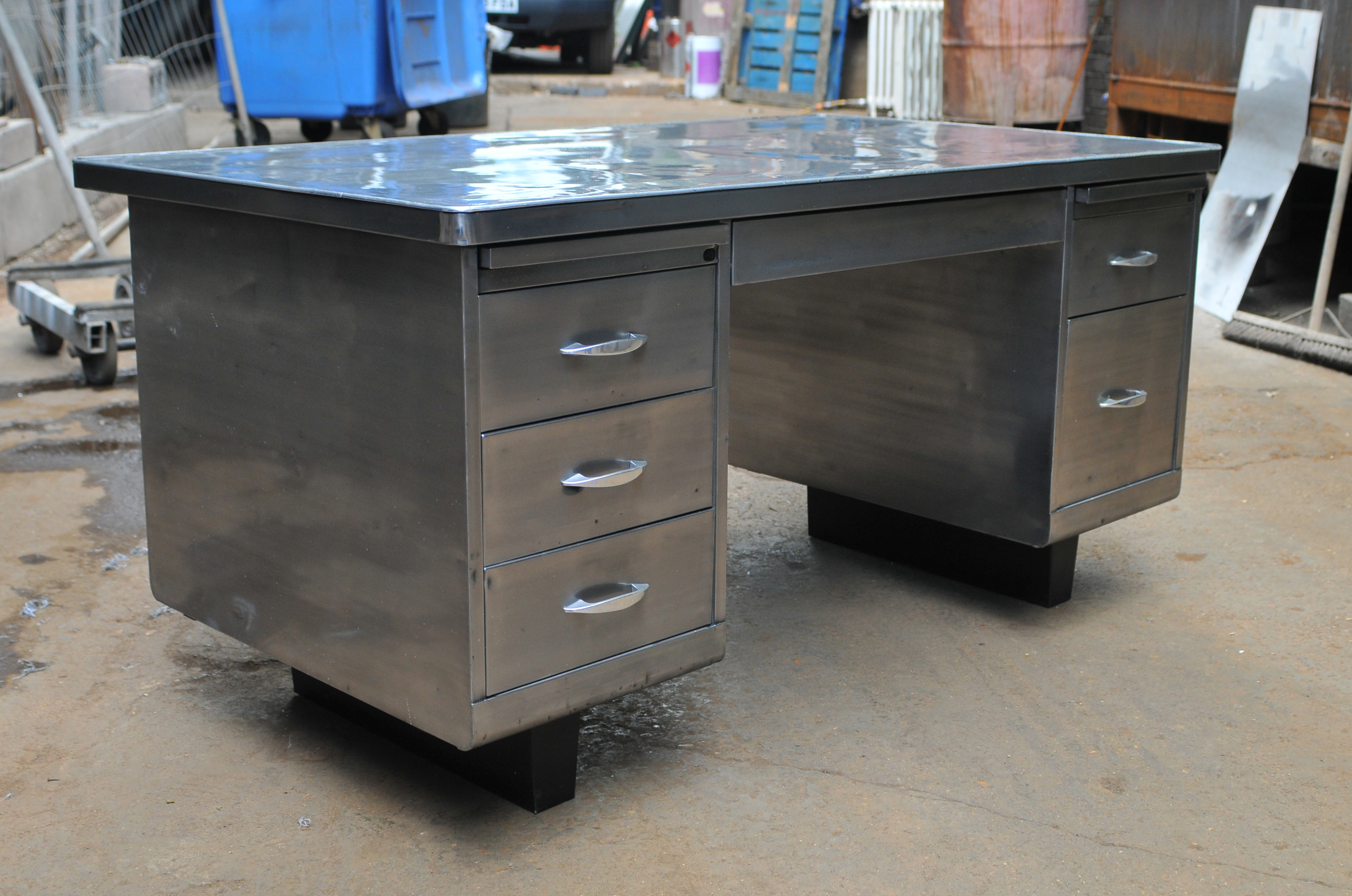 Exposed Metal for Vintage Steelcase Tanker Desk - Polish,wax ...